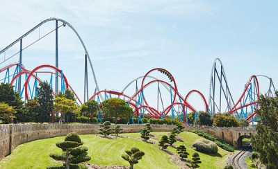Visit theme park Port Aventura World